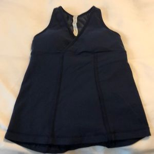 Lululemon navy v-neck top with mesh back. Size 6.